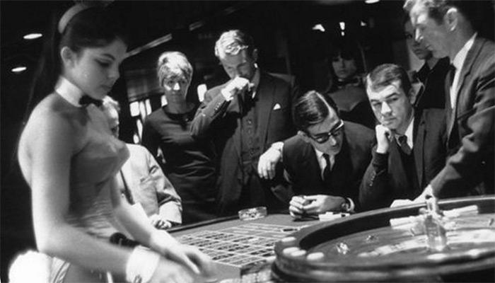 Roulette Casino Croupier